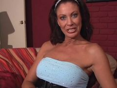 Mature Mil Toys With Love Button And Has Monster Climax