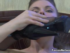 LickNylons Movie: Hester and Alana
