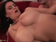 Slick shaved pussy of curvy babe fucked