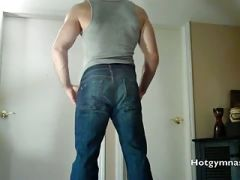 Flexible CUMMING muscle man!!!!