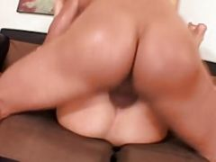 Austin Kincaid Bends Over To Take Dick Delaware\'s Hard Cock