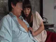 Young Wife Was Starting To Throb To See The Daughter