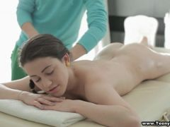Masseur oils her up and rubs her down