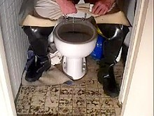 nlboots - piss & waders on toilet