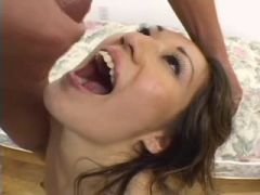 Cris Taliana Swallows two