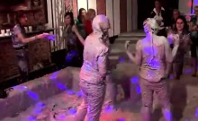 3 Russian ladies getting color creamed