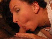 Hot lady shows off her deepthroating skils
