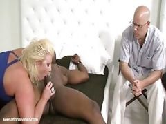 Zoey Andrews Fucks The Plumper