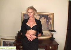 Older Blond Cally Jo Fingers Pussy