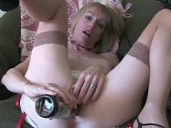 Cum Drinking Super Amateur GILF