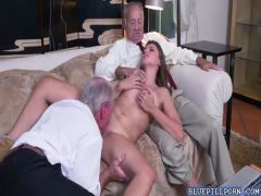 Hot chick Ivy Rose is giving Duke a blowjob