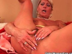 Grandma\'s big tits and luscious pussy need attention