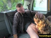 Gorgeous female cabbie sucks off passenger