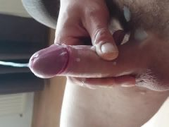 Wanking my pulsating cock to a huge cumshot