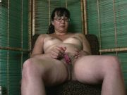 Mature babe with glasses is ready for a nice solo masturbation