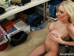 Billy Glide seduces Blonde Riley Evans with big boobs into fucking