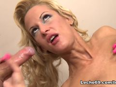 Miss Stacy & Susan Snow - The Perfect Blowjob