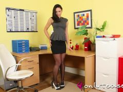 OnlyTease Video: Clare R