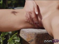 Incredibly hot and sexy babe Sopie Lynx masturbates in the sun