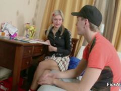 Petite Sister get her First Fuck by own Step-Brother