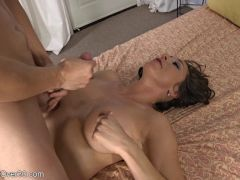 Horny Guy Fucks Mature Brunette (720)