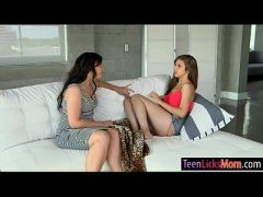 Hot mom and teen biatch nasty lesbosex
