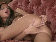 Daisy Lynn is naked from top