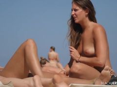 Voyeur spies on chicks at the topless beach