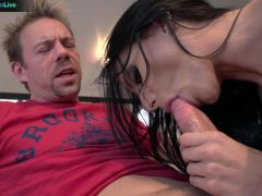 Juelz Ventura raunchy sex at the couch