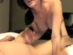 Beauty with glasses services a hard dick.