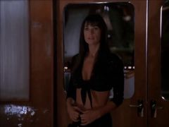 STRIPTEASE EXPOSED DEMI MOORE
