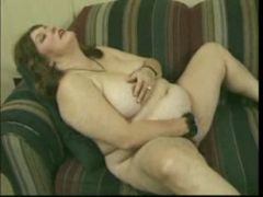 Pussy Play With A Hairypussy Mature