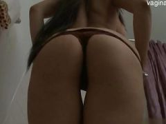 Busty pussy first squirt