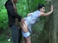 Carefree sex in the woods with a raven babe