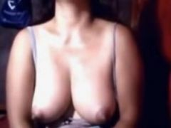 Hairy pinay milf on cam
