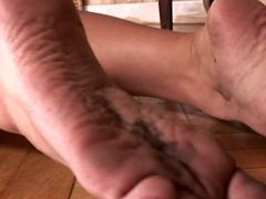 Lesbie foot fetish action