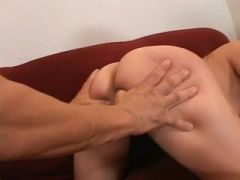 Doxy acquires laid and cum splashed