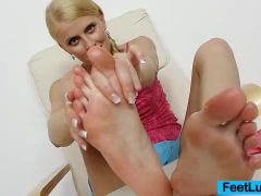 Blondie doll Kasia Linsey foot fetish
