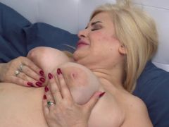 2 old and young lesbians playing with